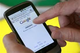 Metade dos brasileiros acessa internet pelo celular