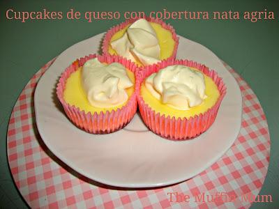 Cupcakes de queso con nata agria