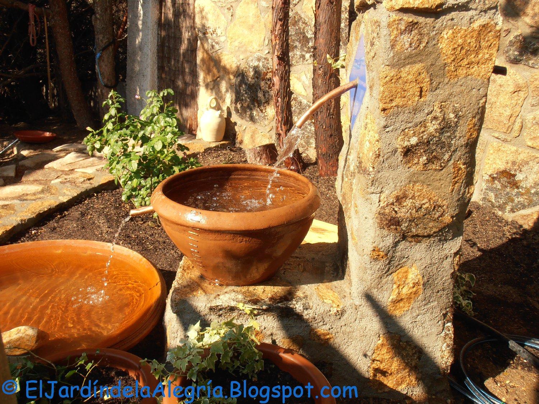 El jard n de la alegr a agua c mo instalar una bomba - Fuente agua interior ...