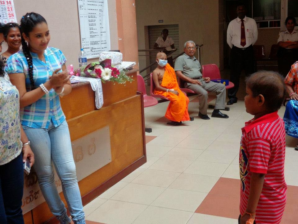 Madhu Nithyani at cancer hospital maharagama
