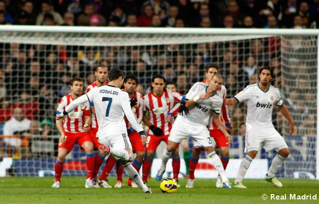 Cuplikan Video Gol Highlights Real Madrid vs Atletico Madrid 2-0