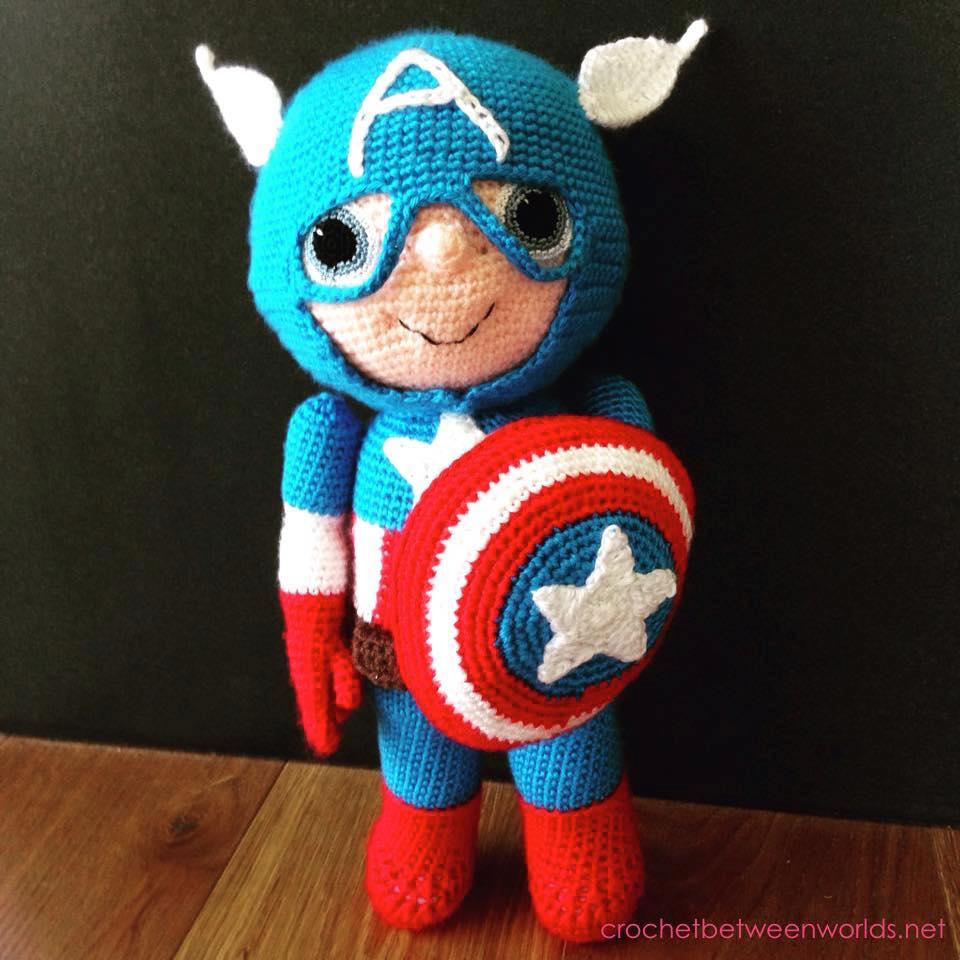 Free Crochet Pattern For Captain America Blanket : Crochet between worlds: Captain America -