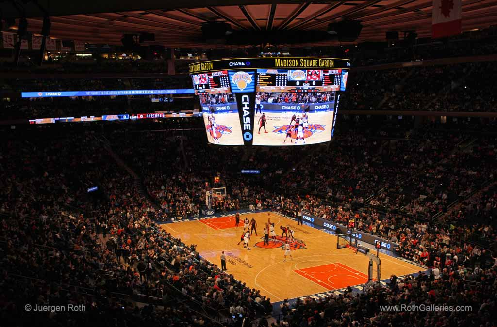 http://juergen-roth.artistwebsites.com/featured/new-york-knicks-juergen-roth.html