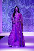 Kriti Sanon latest glamorous raml walk-thumbnail-12