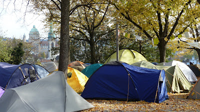 Occupy Paradeplatz at Lindenhof