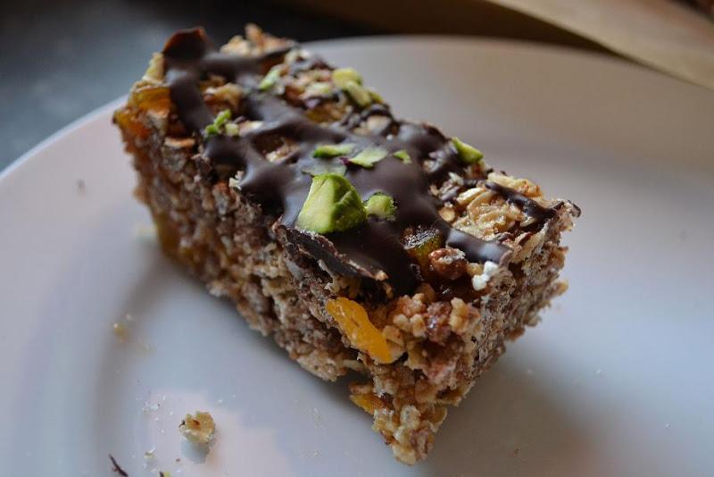 COMFORT BITES BLOG: Chocolate Fruit and Nut Crisp Bars