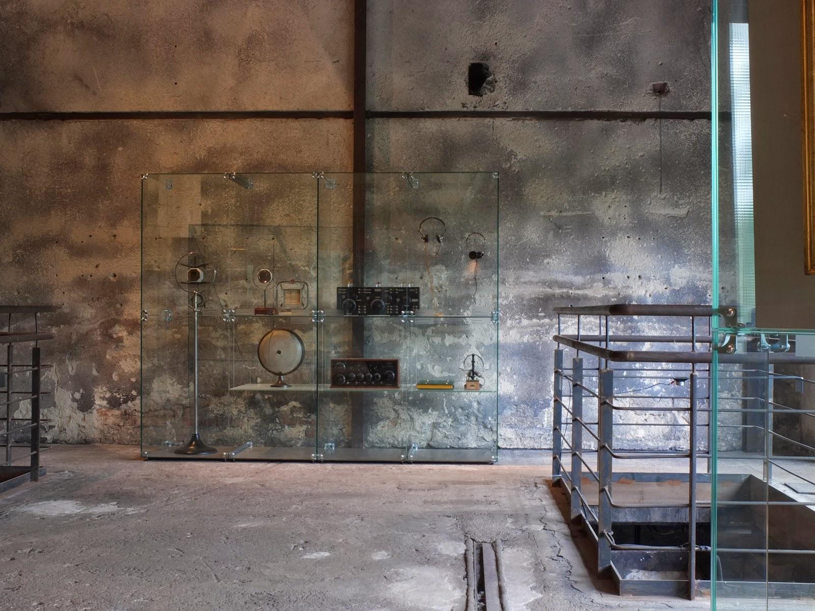 Ausstellunsgvitrine der Welkriegsausstellung auf Zollverein in Essen