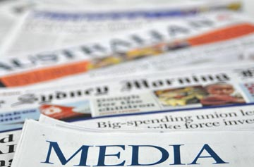 Penulis Artikel Media Massa