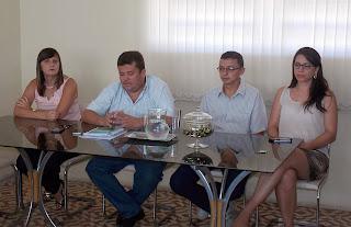 ITAPETIM/Prefeito Arquimedes empossa novas secretárias e o novo diretor da UMMS