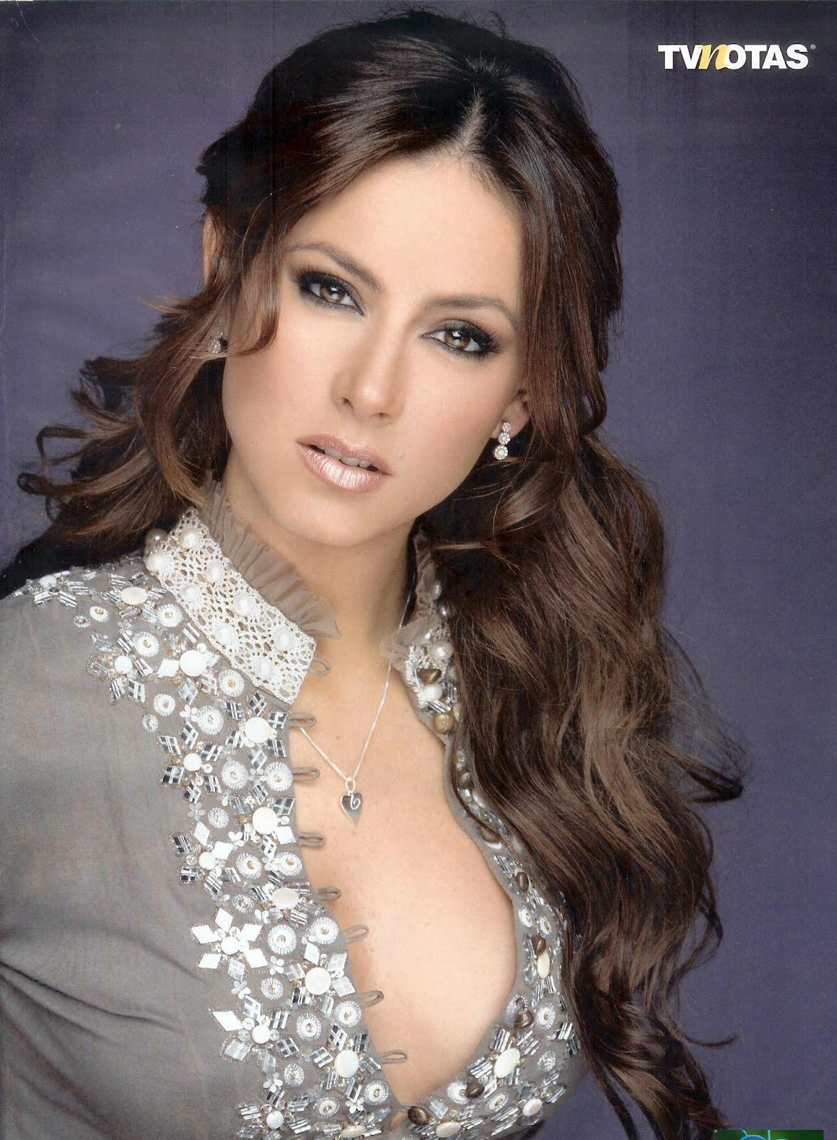 Claudia Lizaldi Nude Photos 60