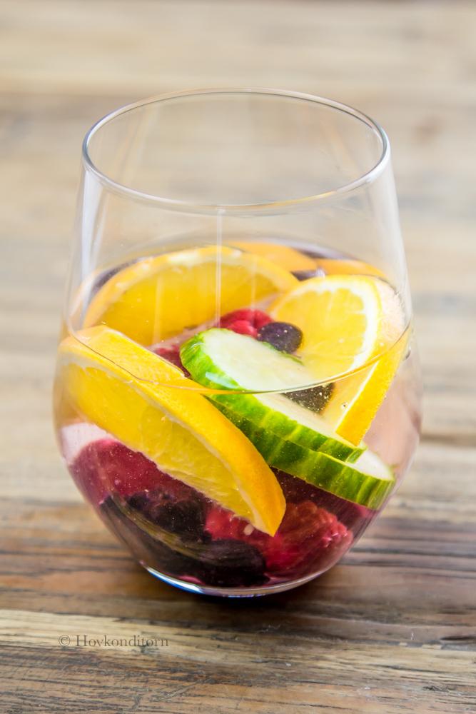 hovkonditorn fruit infused detox drink. Black Bedroom Furniture Sets. Home Design Ideas