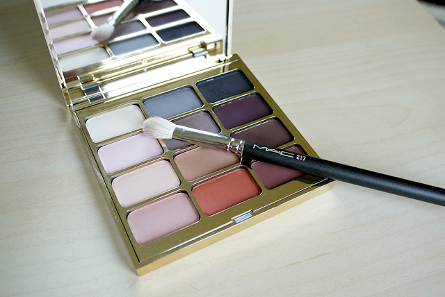 makeup stila mac eyeshadow brush blending