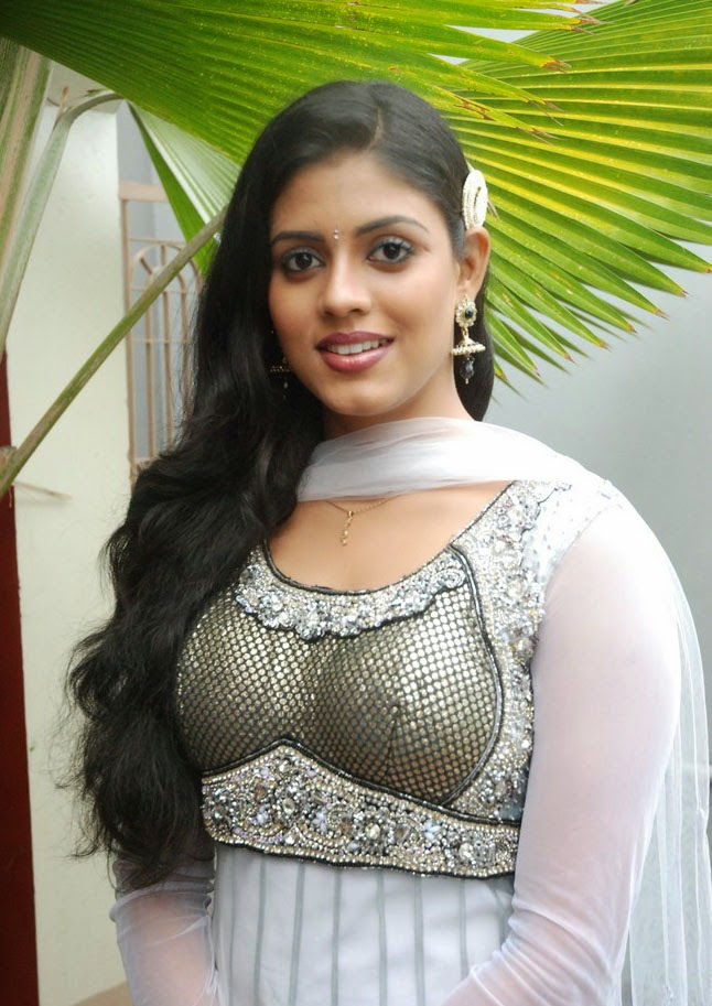Mallu Serial actress Iniya in Trivandrum - Cinema Mixer