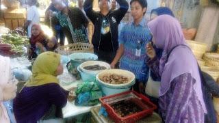 Disperindagkop Kota Pekalongan Sidak Peredaran Daging Di Pasar Tradisional