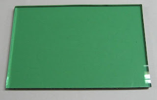kaca hijau untuk kusen aluminium tanpa judul
