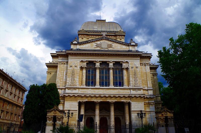 Große Synagoge von Rom am Lungotevere dei Cenci