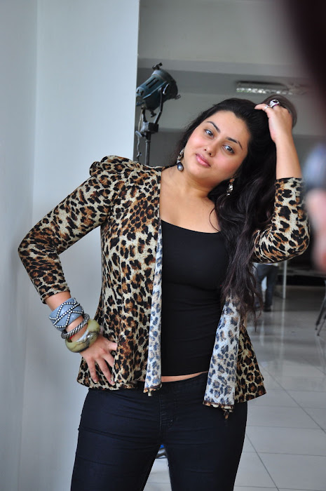 namitha spicy cute stills