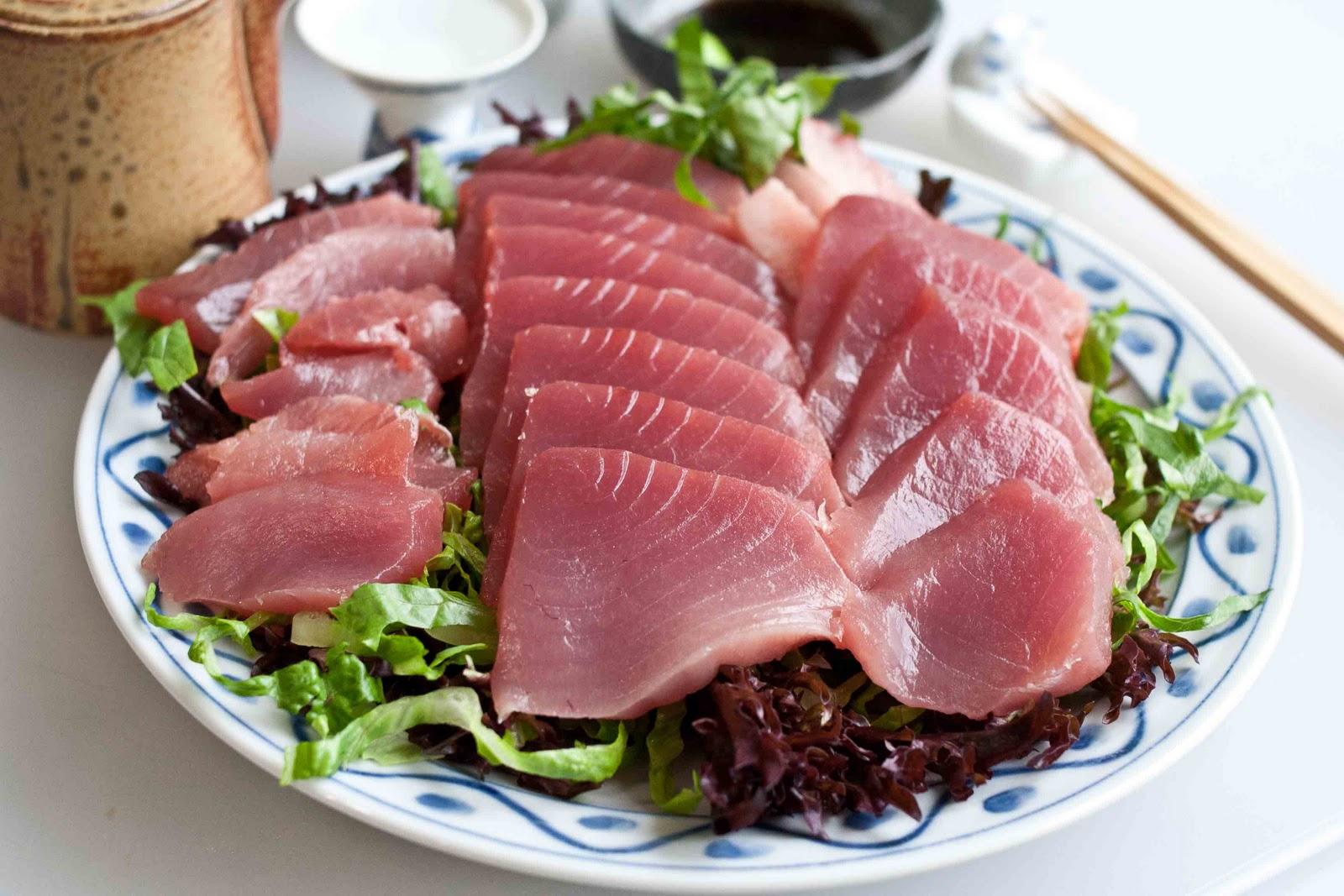 Foodjimoto sashimi pacific bluefin tuna for Blue fish sushi