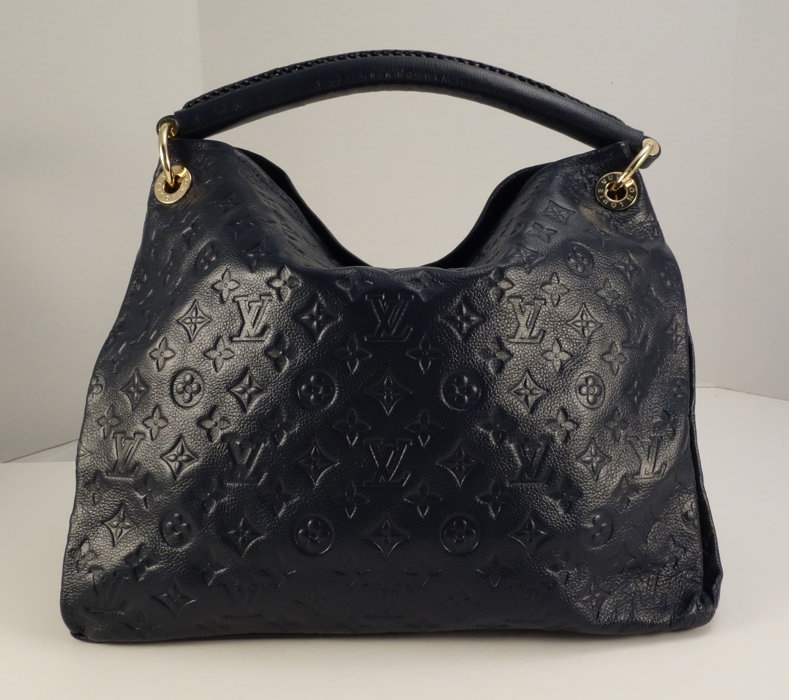 LOUIS VUITTON Canada Official Website