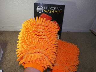Frederico's_Car_Care_Wash_Mitt.jpg