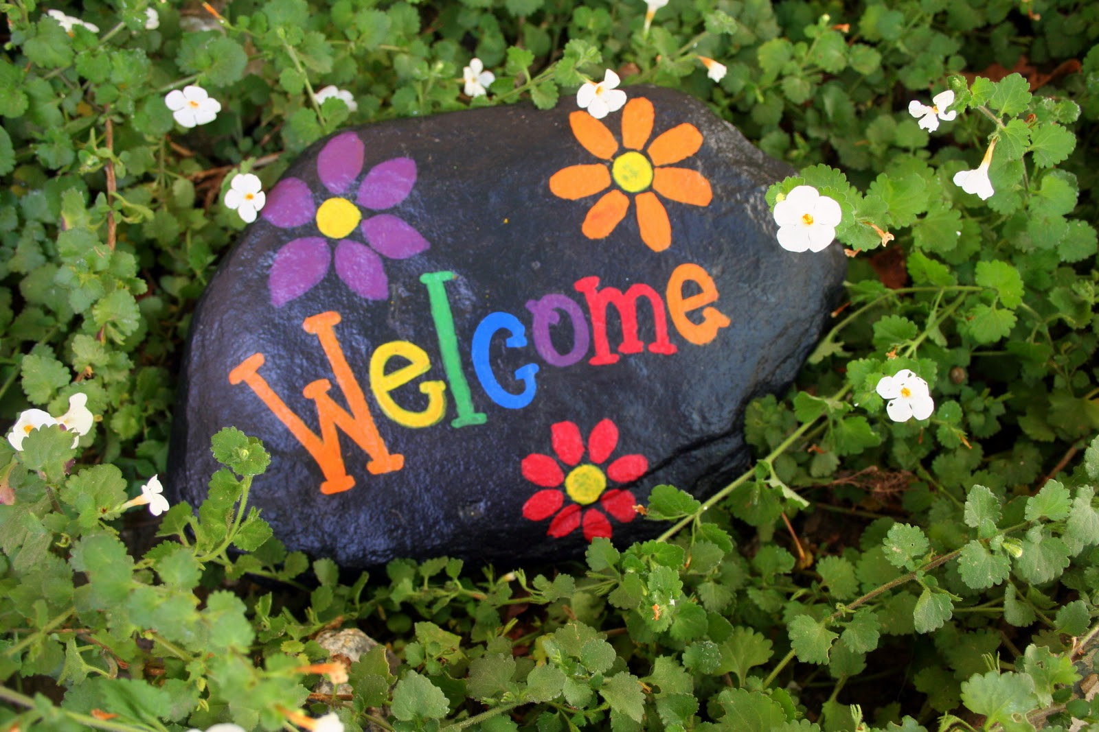 Beverly 39 s santa maria welcome signs rock - Piedras decoradas para jardin ...