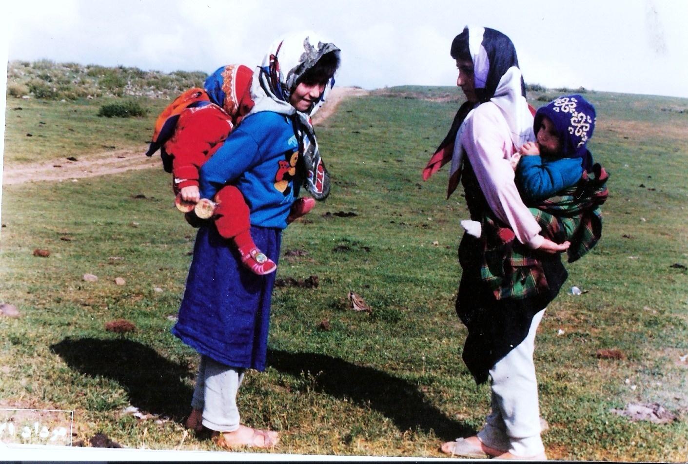 لاجونی و لاهیجانی گپ زئن