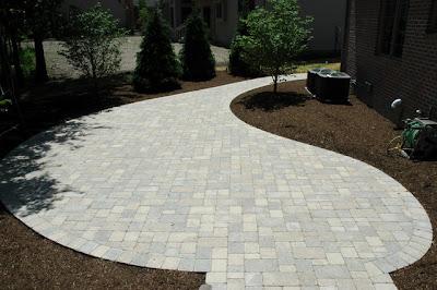 8 dise os de caminos accesos y patios patios y jardines for Disenos de jardines y patios