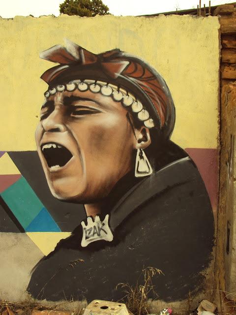 graffiti de izak en concepción, chile