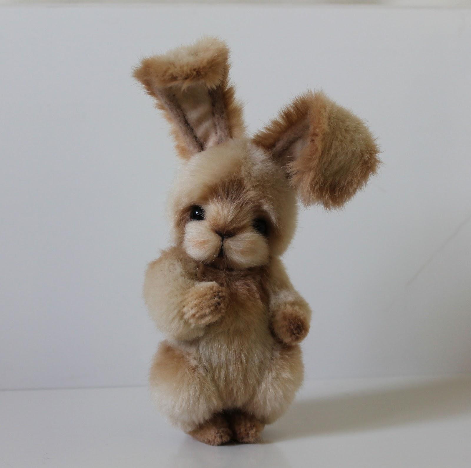 Заяц из меха своими руками