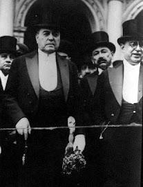 HIPÓLITO YRIGOYEN  (Buenos Aires, 12/07/1852 –ibídem, 03/07/1933).