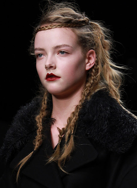 John Rocha Fall/Winter 2011 Runway Hairstyle