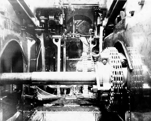 Chain Driven Valves : Steam memories bullied pacific enclosed valve gear