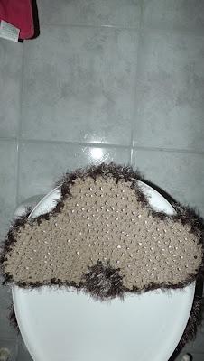 Jogo de banheiro de crochê em barbante