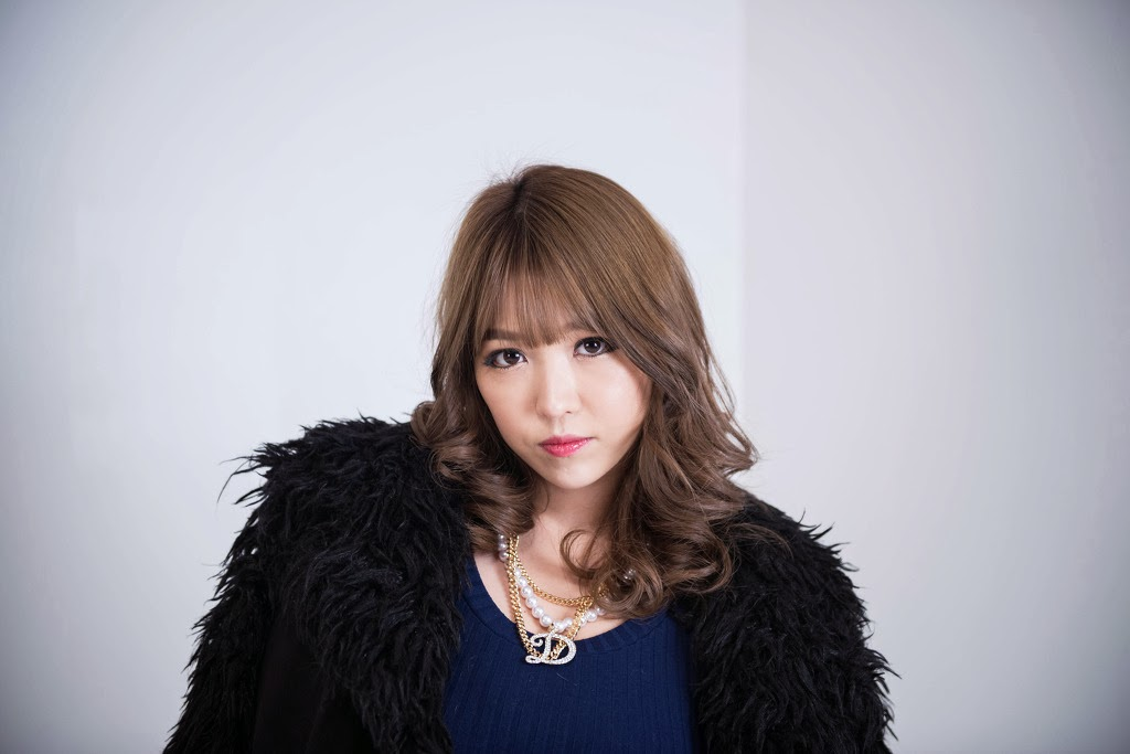 Lee Eun Hye Elegant in Blue