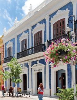 La villahermosa de carlos pellicer luce un nuevo rostro for Historia de la casa de los azulejos