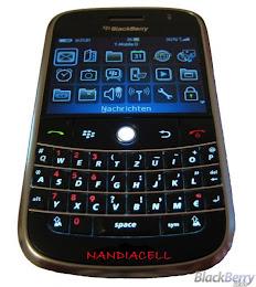BlackBerry JAVELIN 8900