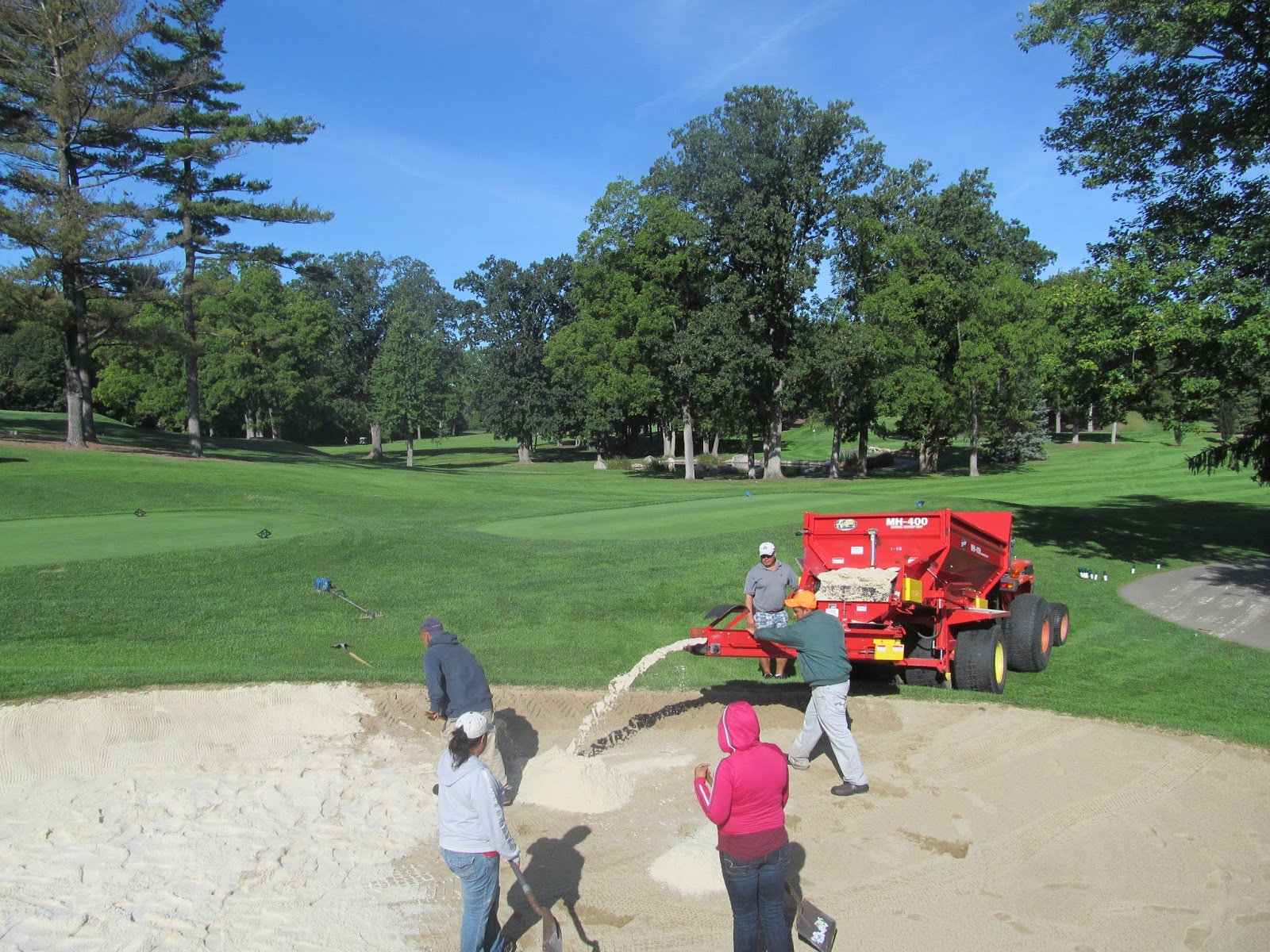 meadowbrook country club golf course maintenance bunker sand project