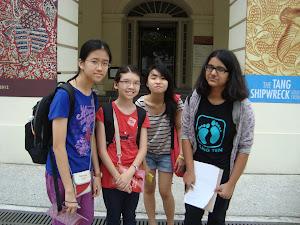 Group photo outside Asian Civilisaton Museum