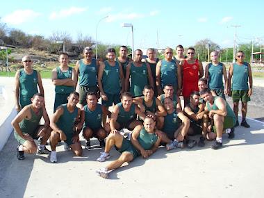 Treinamento físico militar na ilha de Sant'Ana.