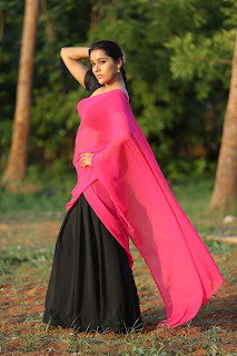 Rashmi Goutham new sizzling pics 001