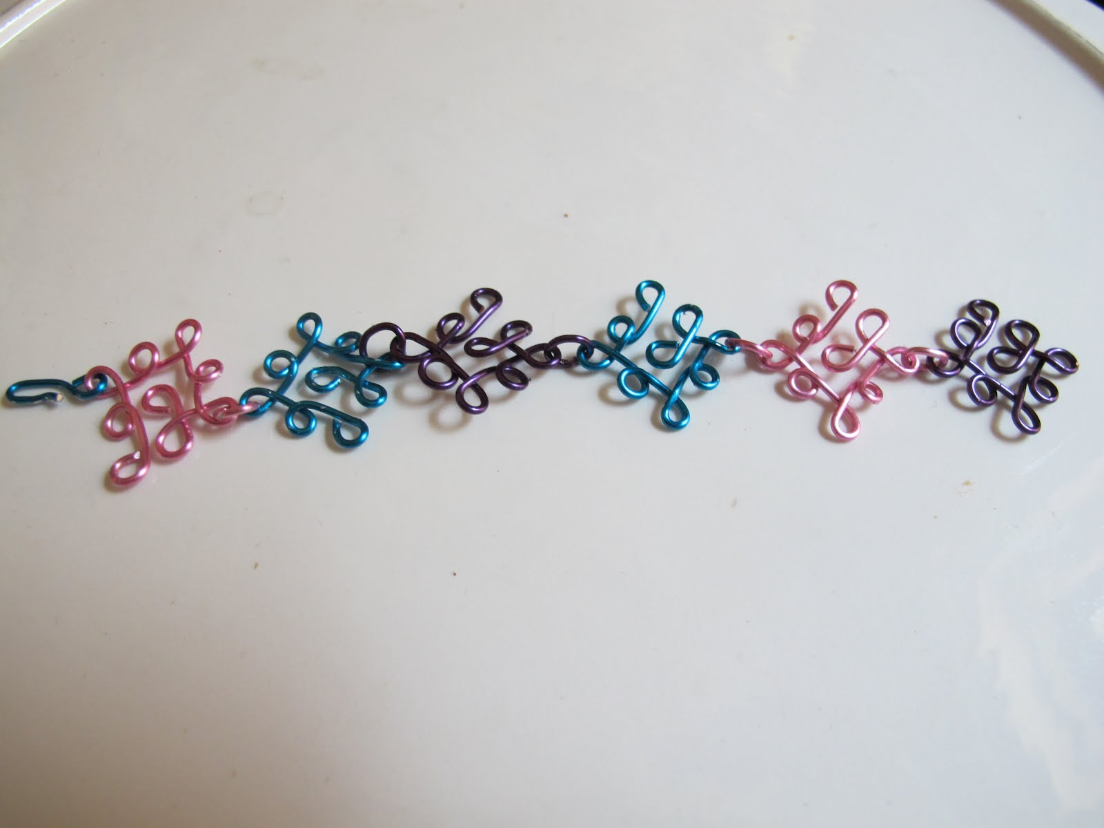 Naomi\'s Designs: Handmade Wire Jewelry: Funky rainbow multicolored ...