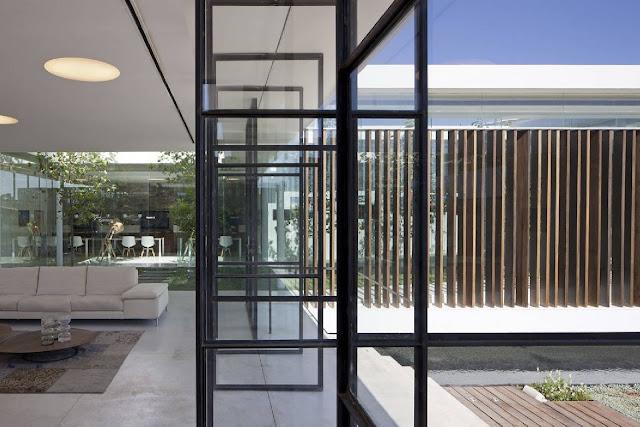 10Gindi-Holdings-Sales-Center-by-Pitsou-Kedem-Architects