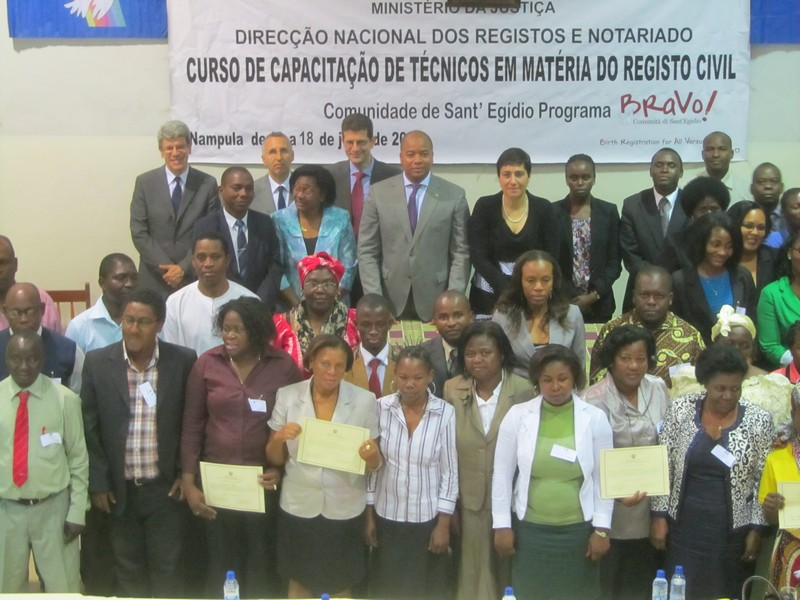 Comunity of Sant'Egidio: Final ceremony of training courses on civil registration (Nampula)