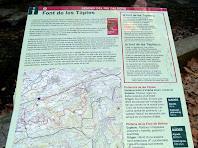 Plafó informatiu a la Font de Les Tàpies