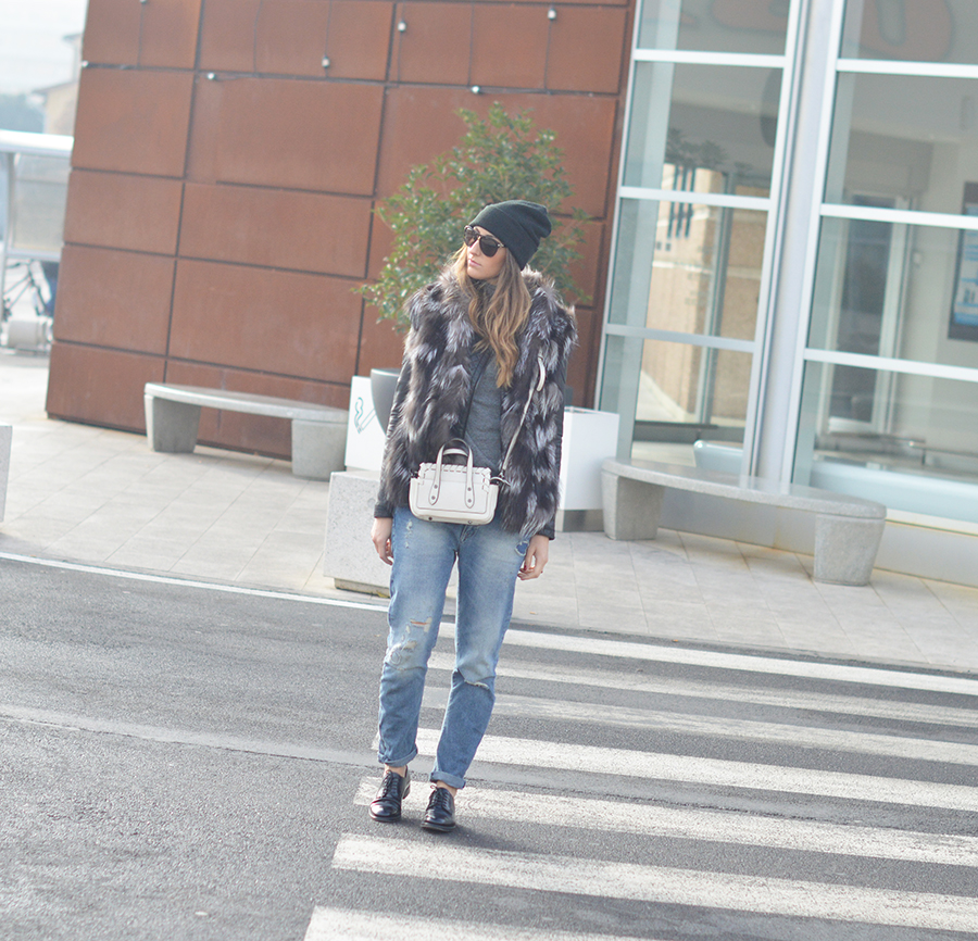 Boyfriend jeans, boyfriend jeans zara, church shoesc, church lace up shoes, h6m beanie, coccinelle bag, fashion blogger, fashion blog italiani, fashion blogger italiane, elisa taviti, elisa taviti my fantabulous world