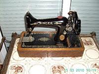 Maquina de coser manual modelo Singer