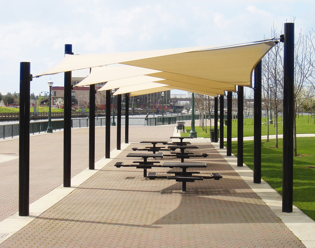 Single pole car parking shade in abu dhabi supplier and for Home shade structures