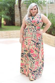 modelo de vestido longo estampado para gordinhas - dicas e fotos