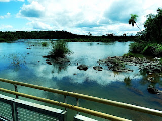 Passarela para a Garganta do Diabo, no Parque Nacional de Iguazú, em Puerto Iguazú, na província de Missiones, na Argentina.