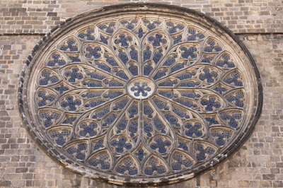 Gothic rose window of Santa Maria del Pi